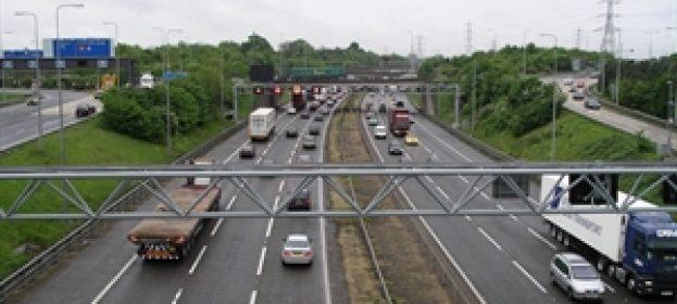 Tailgating and speeding 'rife' on UK motorways